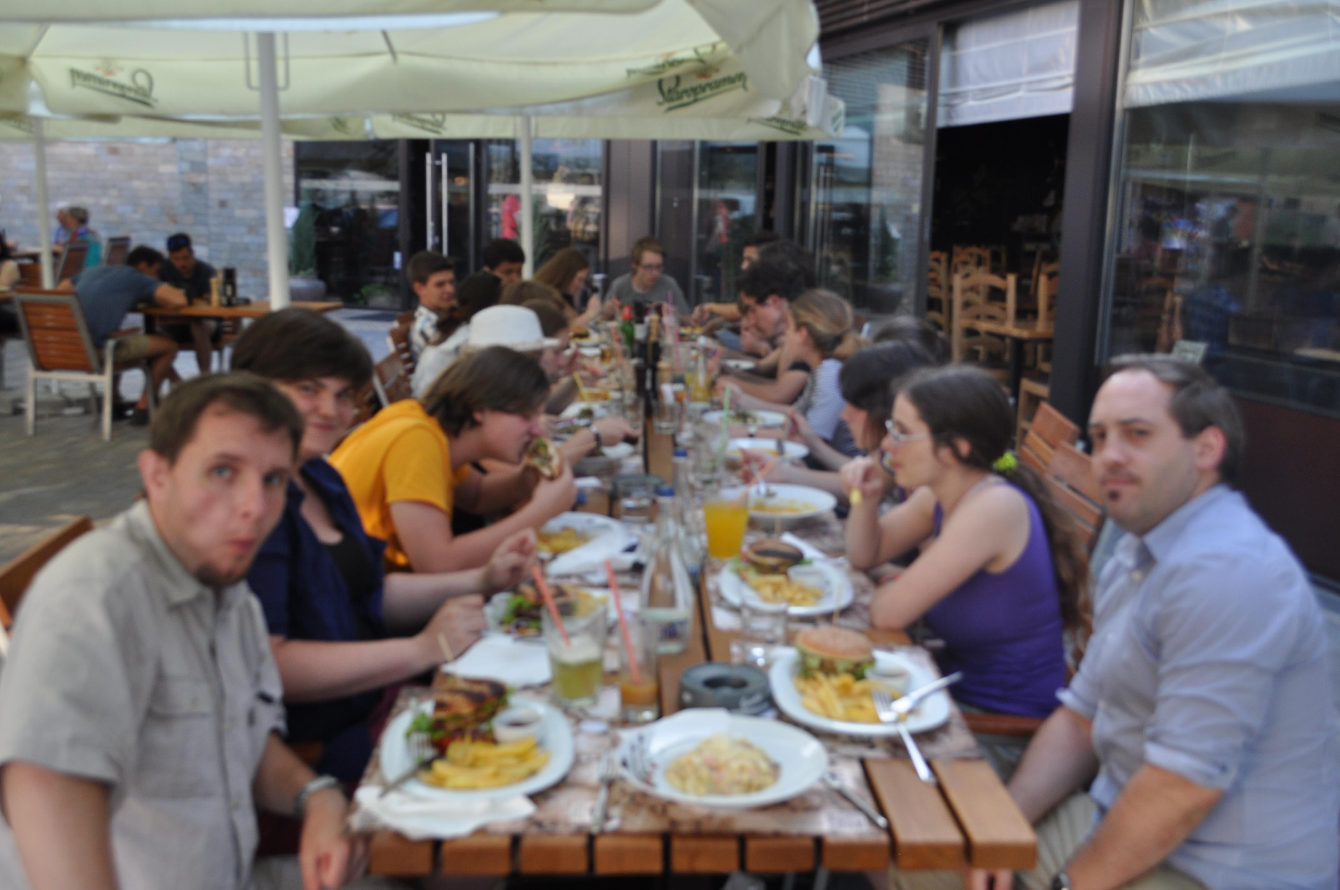 Gemeinsames Abendessen in Jacob`s Grillhouse